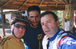 Com Nelson e Manoel que pedalaram comigo no último dia até Porto Alegre
